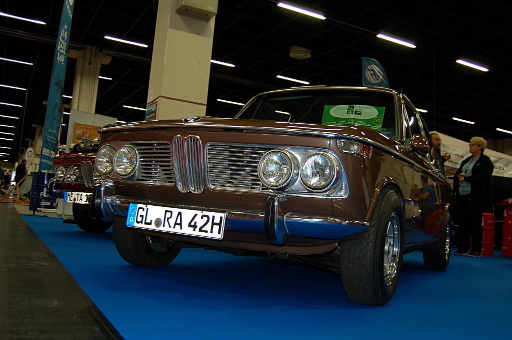 Ahrend02Tuning Retro Classics Cologne 2017 Köln BMW02 2002Ti Diana Cappuccion Powerd by Motul